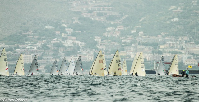 Finn_Gold_Cup_2016_Day_3_Photo_Robert_Deaves-1-2.jpg