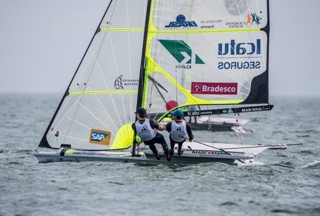 Carlos Robles e Marco Grael 02_Credito Jesus Renedo_Sailing Energy.jpg